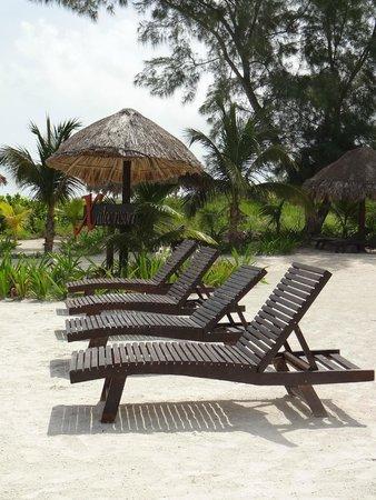 Xaloc Resort: private beach