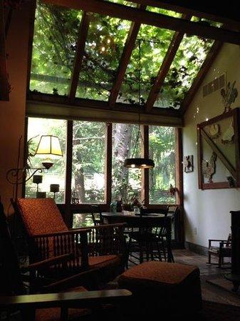Inn at Brandywine Falls: The Loft Suite