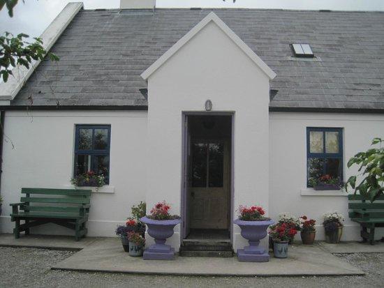 Clondanagh Cottage: Entrance