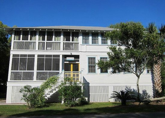 Tybee Cottages: Southern Tides