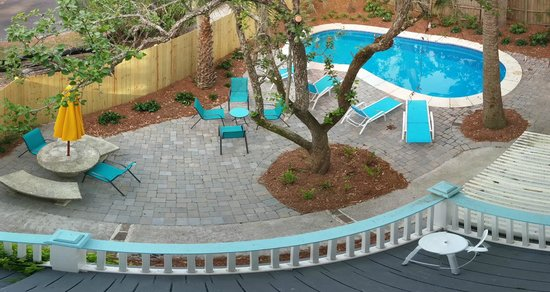 Tybee Cottages: The Pool at Southern Tides
