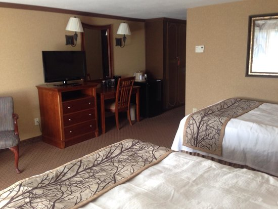 Red Jacket Mountain View Resort & Water Park: Room updated and clean