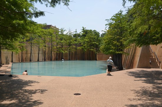The Quiet Water Pool Picture of Fort Worth Water Gardens Fort