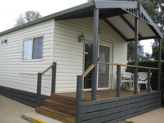 RACV Cobram Resort: lovely quiet cabin and exceptionally clean
