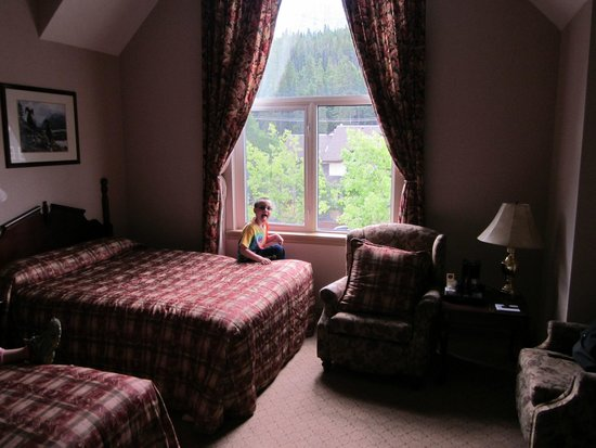 Rundlestone Lodge : The room