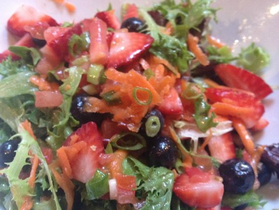 Rose & Crown Pub: My absolutely AMAZING Summer Salad