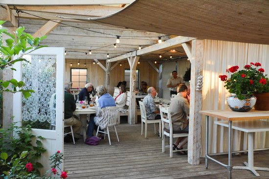 The Love Apple : And, outdoor seating