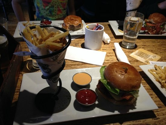 Banff Ave Brewing Co : The burger