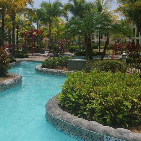 Aquatika Beach Resort: Piscina