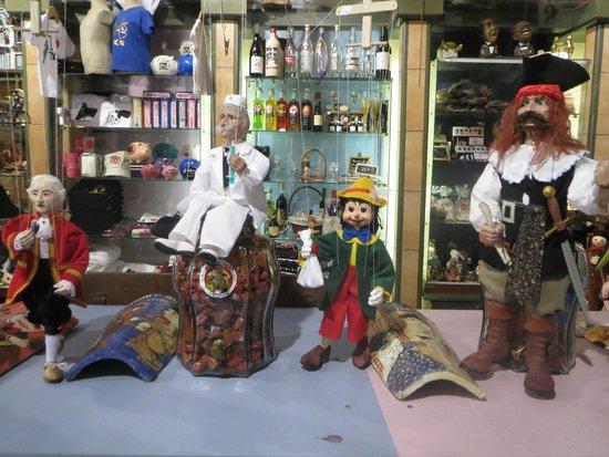 Musée Miniature et Cinéma : njoy