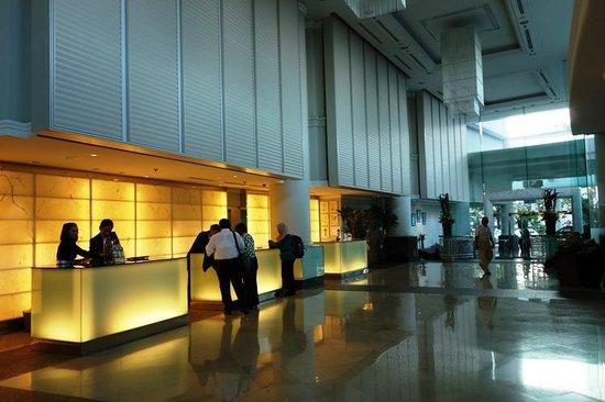 Thistle Johor Bahru: Reception area