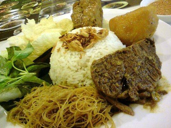 Nasi Ulam Kafe Betawi