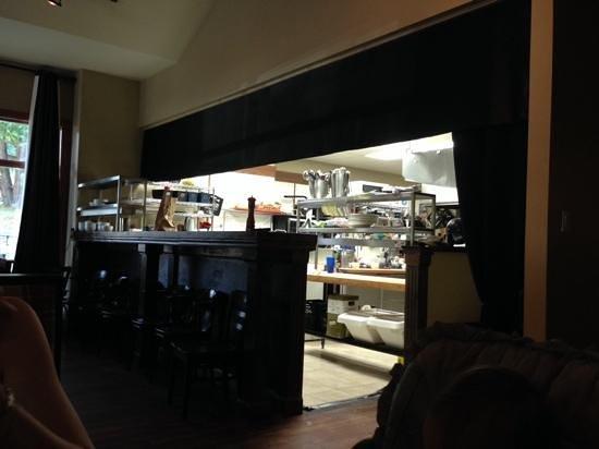 Ristorante E Caffe Ital Delli : Vue sur la cuisine