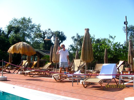 Montespina Park Hotel: At the pool