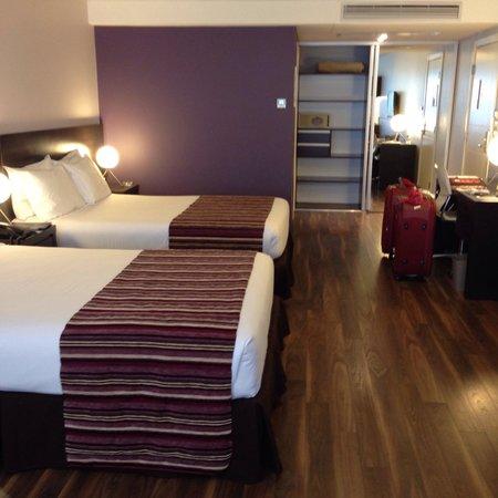 My Suites: Tamanho muito bom do quarto