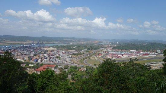 Cerro Ancón: Vista del Canal de Panamá
