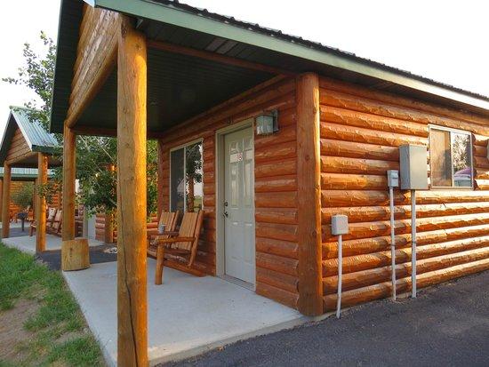 Frontier Cabins Motel : Cabin