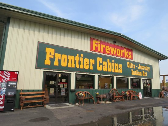 Frontier Cabins Motel: Office, Gift Shop