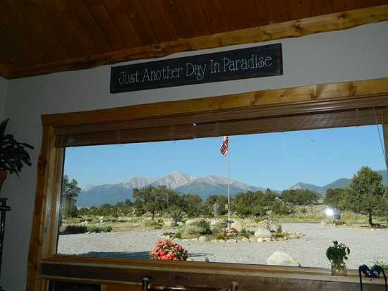 Mountain River Inn Bed & Breakfast: View of Mt Princeton from the kitchen/dining room.