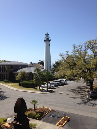 Ocean Inn and Suites : View of the lighthouse