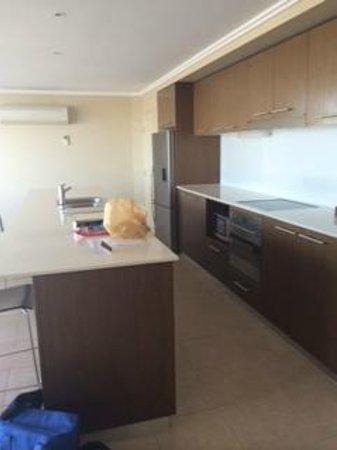 Oceans Resort & Spa Hervey Bay: Kitchen