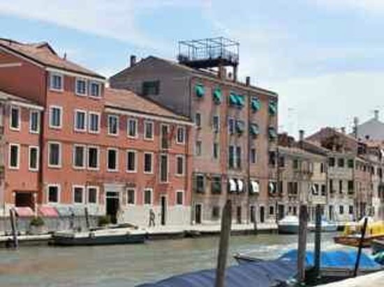 Cannaregio: Note the rooftop terrace