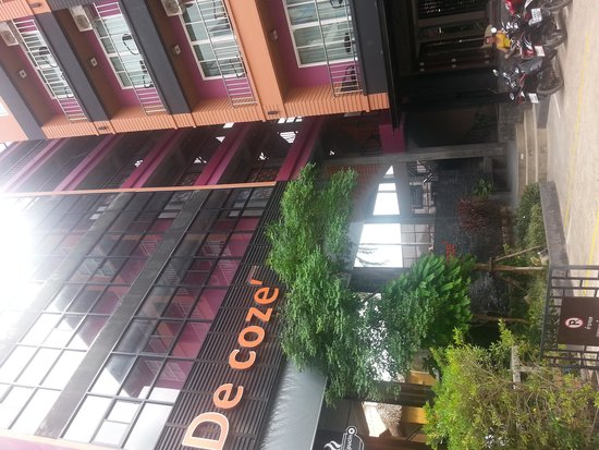 De coze' Hotel: De Coze Hotel