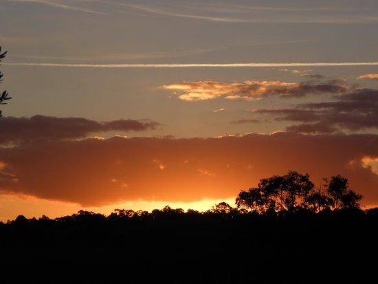 Hunter Valley Resort: Sunrise