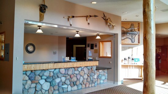 The Lodge at Mount Rushmore: Lobby