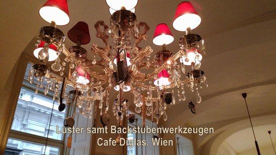 Café Diglas: Hand-Werk