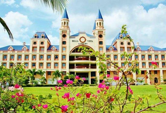 Bella Vista Waterfront Resort & Spa Langkawi: Facade