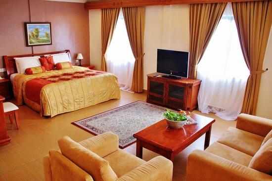Bella Vista Waterfront Resort & Spa Langkawi: Junior Suite