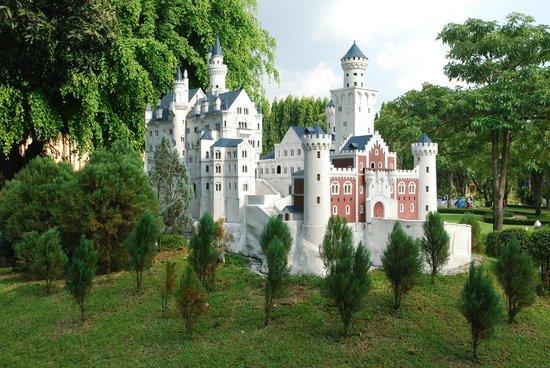 Mini Siam and Mini Europe: В парке Мини-сиам