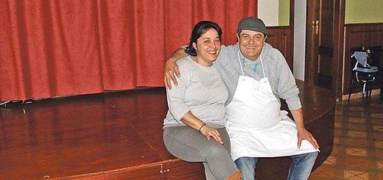Sa Societat de Ca Na Fornera : Señor Androver chef responsable e hija