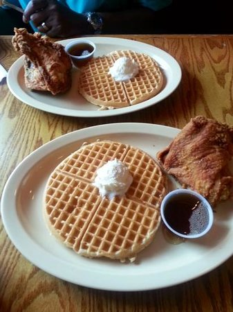 Roscoe's House of Chicken and Waffles: Sweet & Savory