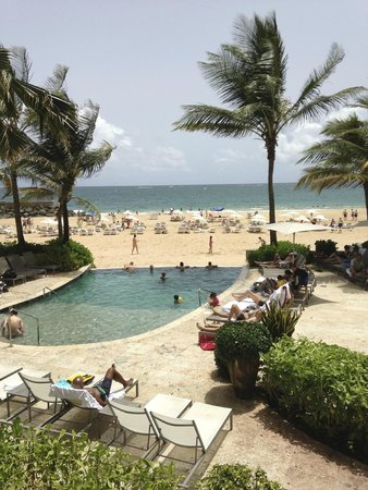 La Concha Renaissance San Juan Resort: Great selection of pools!