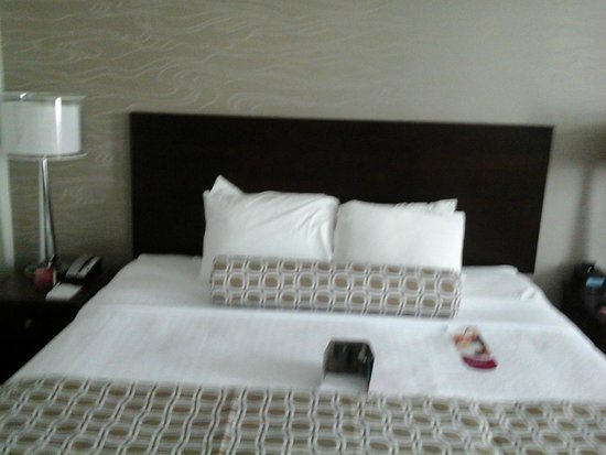 Crowne Plaza Phoenix Airport: The comfy bed