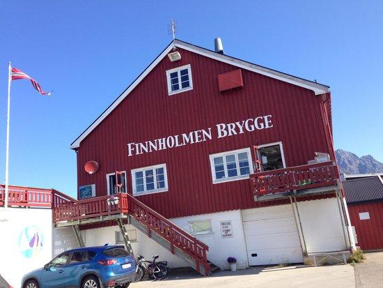 Finnholmen Brygge : Finnholm Brygge, Henningsvær