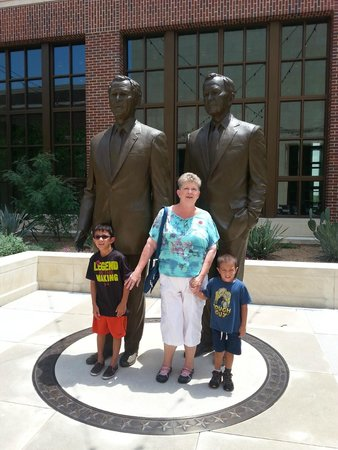 The George W. Bush Presidential Library and Museum: The 2 Bushes...