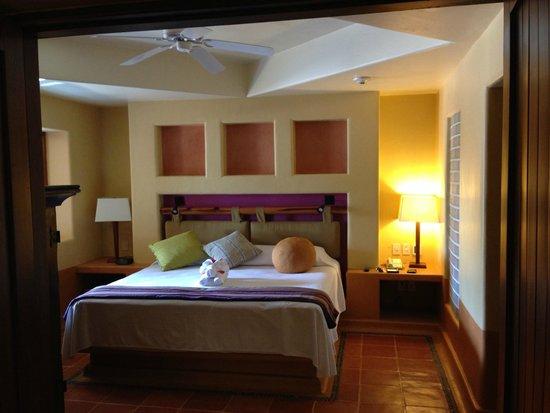 Embarc Zihuatanejo: Master bedroom