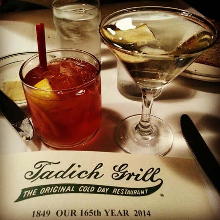 Tadich Grill : Cheers, Cocktail Time!