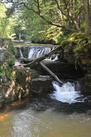 Four Waterfalls Walk: Sgwd Ddwli Isaf