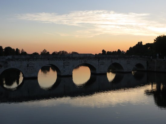 The Tiberius Bridge: Мост Тиберия