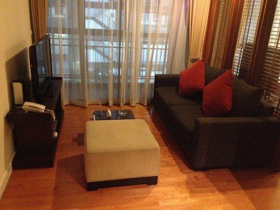 Amanta Ratchada Serviced Apartment Bangkok Hotel: Couch