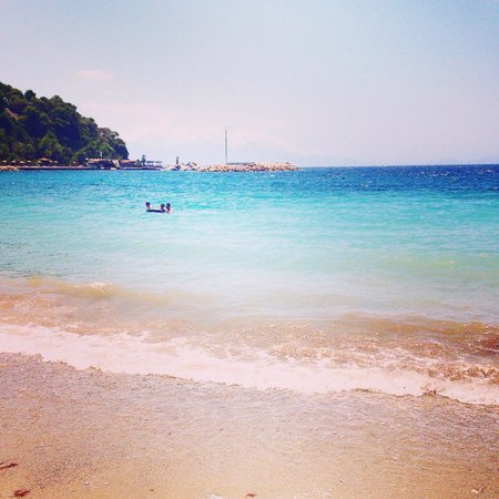 Pine Bay Holiday Resort: Seaside