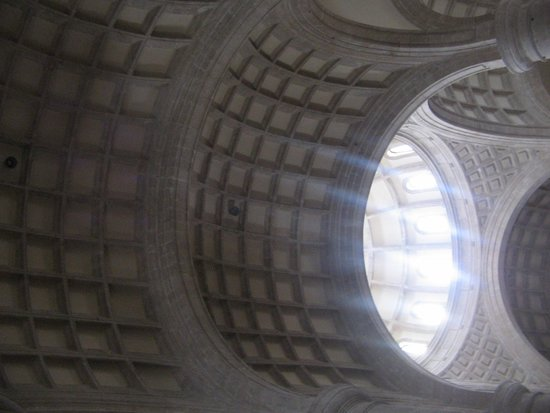 Merida Cathedral: The vaulted ceiling