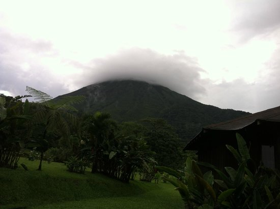 Hotel Lomas del Volcan: Mysterious!