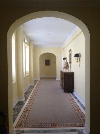 Hotel Avenida Palace: Corridor
