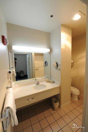 Charter Inn & Suites : la chambre