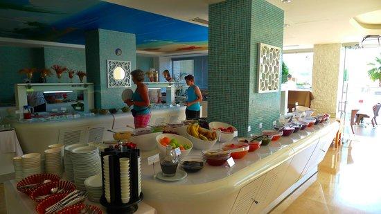 Hotel Marbella: Fantastic breakfast